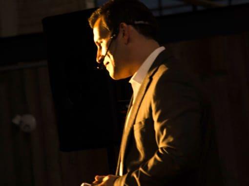 Eric Deschamps – Professional Speaker 2