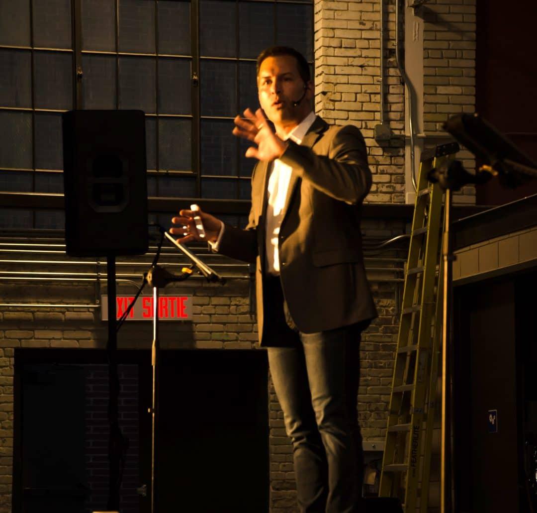 Eric Deschamps – Professional Speaker 3
