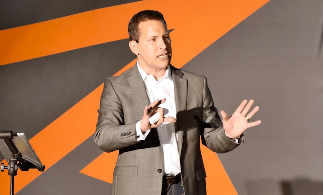 Eric Deschamps – Professional Speaker 13