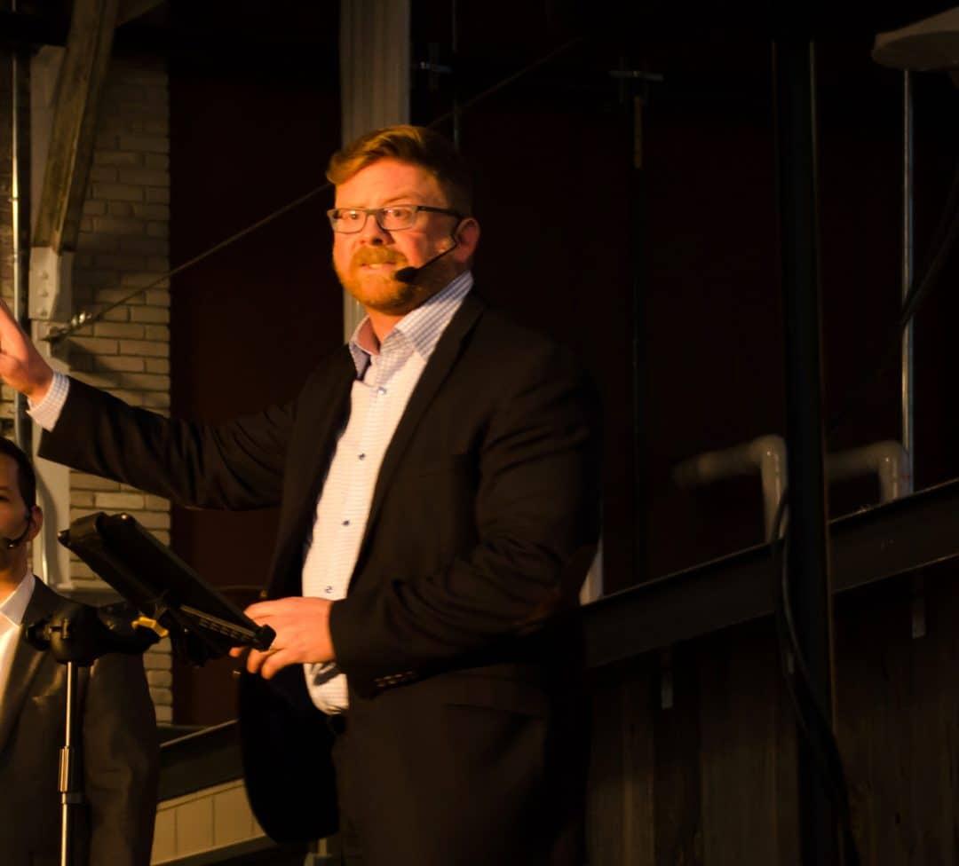 Rob Dale – Professional Speaker 4